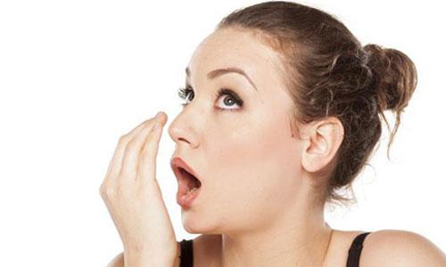 Cara Menghilangkan Bau Mulut Secara Alami dan Permanen