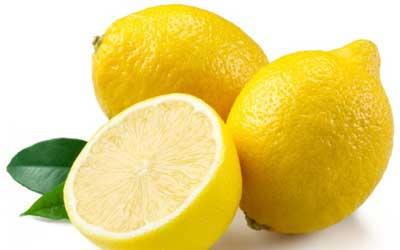 Cara menghilangkan jerawat pasir dengan lemon