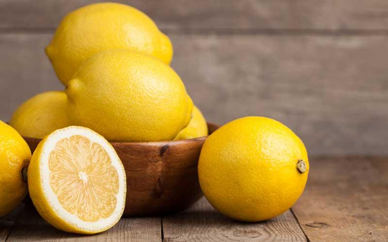 Cara menghilangkan sakit kepala dengan lemon