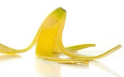 Cara menghilangkan jerawat batu di hidung dengan kulit pisang
